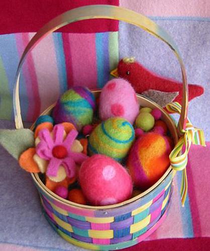 Friends and Families Fun Workshop - Felt Eggs