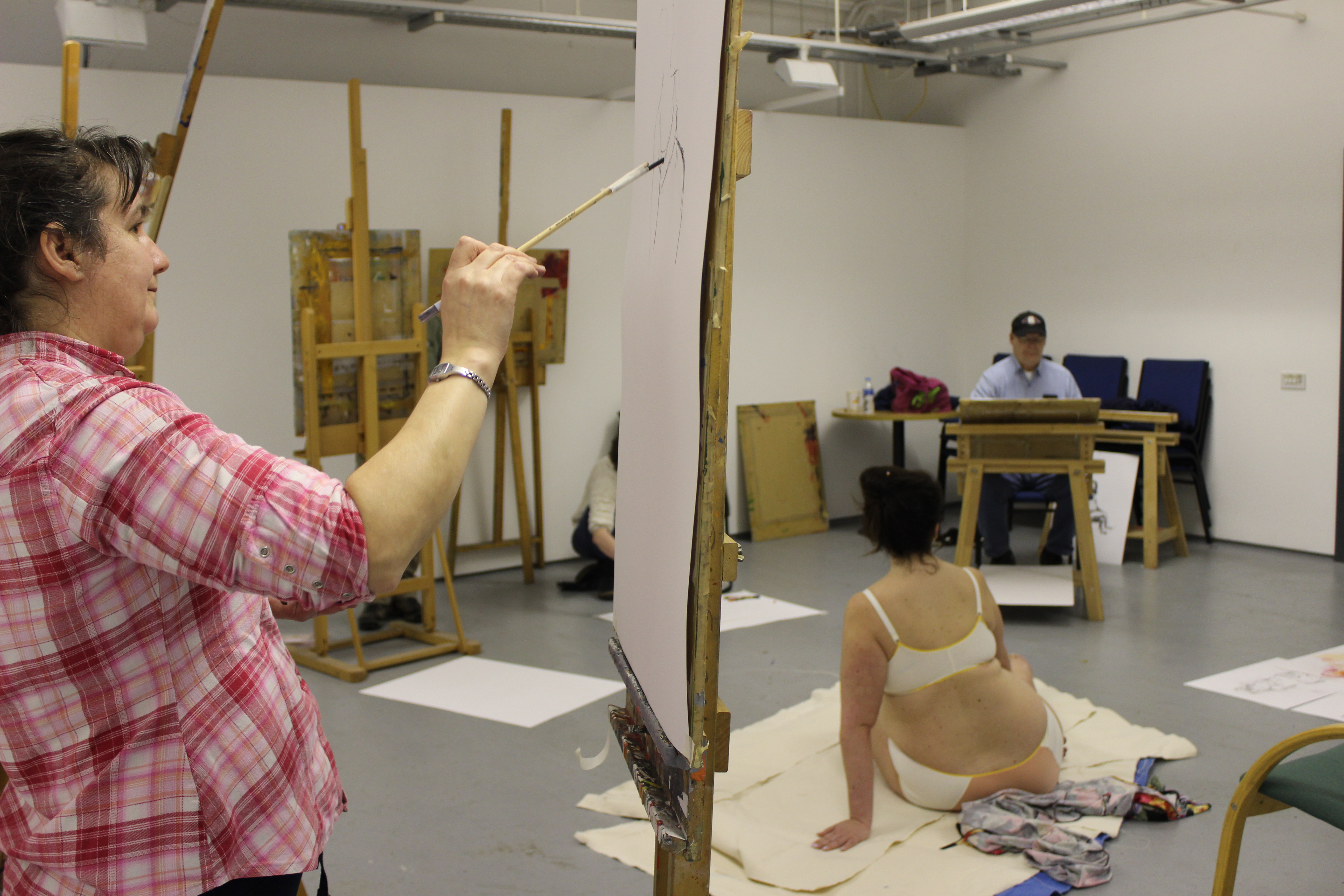 Art Class Girls Playing With Nude Models On Gotporn